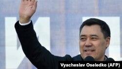 Садыр Жапаров, шайланган президент.