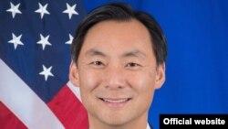 Посол Морс Тан (фотография с официального сайта Госдепартамента США)