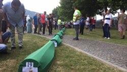 Ispraćaj za žrtve srebreničkog genocida