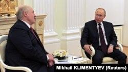 Vladimir Putin și Aleksandr Lukașenka la Kremlin, joi 22 aprilie, 2021.