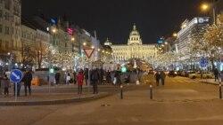 Prágai vásárfia: karácsonyi vásár nyüzsgés nélkül