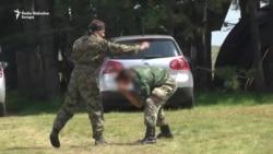 Iza rampe zatvorenog paramilitarnog kampa na Zlatiboru