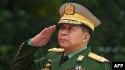 مین آنگ هلینگ، فرمانده ارشد نظامیان میانمار