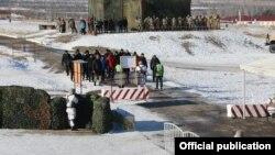 Кыргызстандын Куралдуу күчтөрүнүн аскерлеринин машыгуусу. 9-декабрь, 2020-жыл.