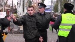 На «Російському марші» в Донецьку сталася бійка