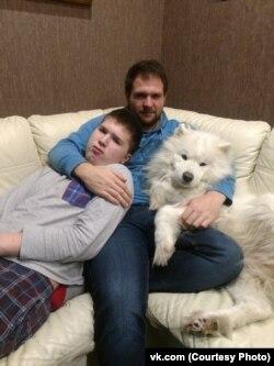 Тимофей Петунов с братом Ваней