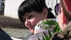 Перша українка, яку засудили довічно, вийшла на волю (відео)