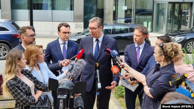 Vučić daje izjavu novinarima poslije susreta sa Kurtijem, Brisel (19. juli 2021.)