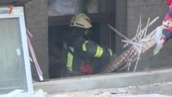 З-під завалів будинку в центрі Києва врятували чотирьох людей (відео)