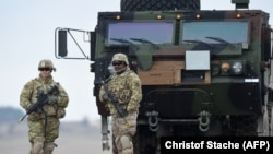 Американские солдаты в центре военной подготовки в Графенвере, Германия. 4 марта 2020 года.