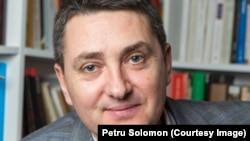 Istoricul Cosmin Popa descrie efectele interne concrete ale plecării lui Ion Mihai Pacepa.