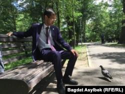 Балалар үйі түлектерінің қауымдастығы жетекшісі Рафаэль Гасанов. Алматы, 31 мамыр 2021 жыл.