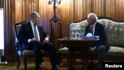 Ministrul de externe rus Serghei Lavrov și șeful politicii externe europene, Josep Borrell, Moscova, 5 februarie 2021.