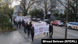 Protestna šetnja zdravstvenih radnika u Mostaru 10. decembra