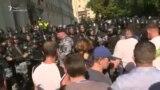 მოსკოვში პოლიციამ დააკავა მომიტინგეები და ოპოზიციონერი პოლიტიკოსები