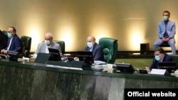 Իրանի Մեջլիսի նախագահ Մոհամադ Բաղեր Ղալիբաֆը վարում է խորհրդարանի նիստը, արխիվ