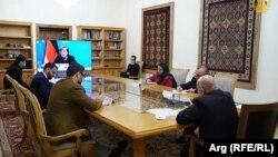 محمد اشرف غنی با صدراعظم جرمنی تیلفونی گفتگو کرد