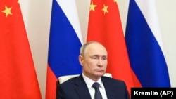 Владимир Путин, раиси ҷумҳури Русия.