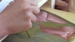 Іконописець з Чернігова вчить писати лики святих (відео)