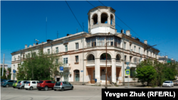 Дом №5 на площади Ластовой возвели после войны