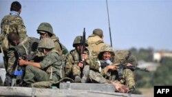وزير امور خارجه روسيه، گفت که نيروهای روسي پس از به اجرا در آمدن تدابير امنيتی در مواضع پيش از آغاز جنگ در اوستيای جنوبی مستقر خواهند شد.(عکس:AFP)