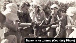 Петр Шпинь со студентами