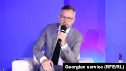 Германскиот министер за Европа Михаел Рот