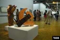 O expoziție cu fondurile oligarhului Potanin, deschisă la Centrul Pompidou, la Paris în 2016