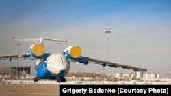 """""""Ан-72"""" ұшағы. Алматы, 25 қараша 2012 жыл."""