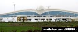 Международный аэропорт в Ашхабаде был построен за 2,3 миллиарда долларов США
