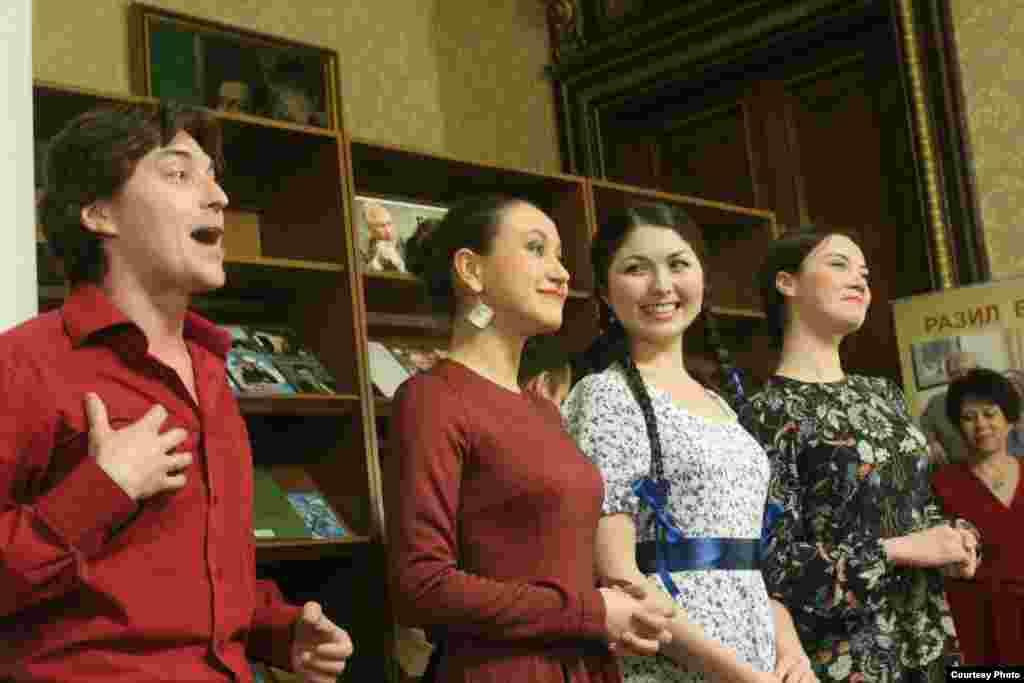 Тинчурин театры яшь артистлары