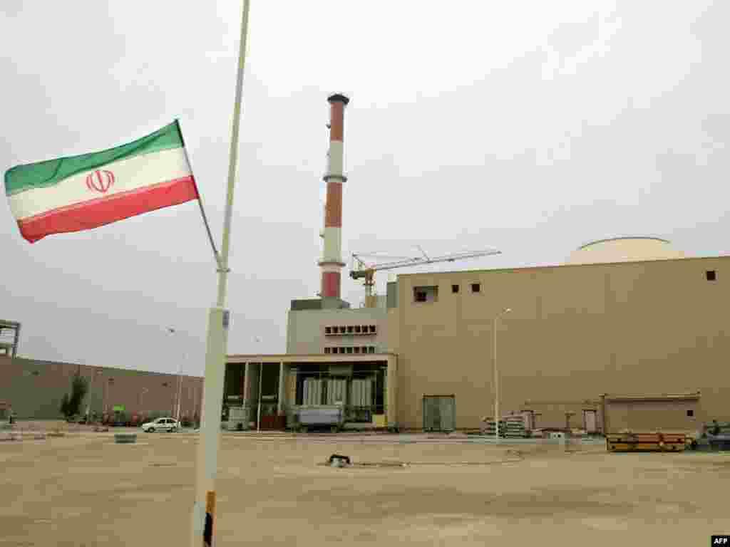 Россия и Иран начали тестовые испытания АЭС в Бушере