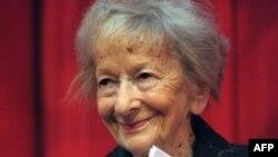 Лауреат Нобелевской премии по литературе Вислава Шимборска