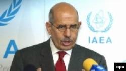 Глава МАГАТЭ аль-Барадей демонстрирует чудеса дипломатического искусства, чтобы руководимая им организация двигалась хоть в каком-то направлении