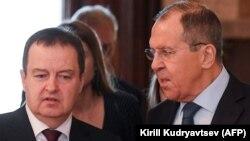 Ministri i Jashtëm i Rusisë, Sergei Lavrov dhe ministri i Jashtëm i Serbisë, Ivica Daçiq