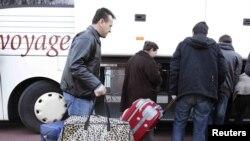 Азилантите се враќаат во матичните земји
