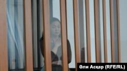 Обвиняемая по делу о получении взятки Ботагоз Биекенова в суде. Актобе, 11 апреля 2017 года.