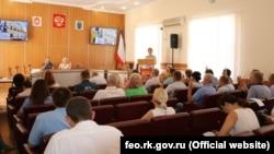 Голосование в городском совете Феодосии, иллюстрационное фото