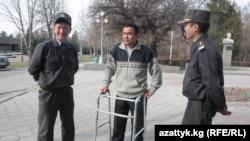 Алмаз Акчакеев (ортодо) кесиптештери менен тез-тез жолугушуп турат.
