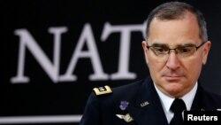 Кертіс Скапаротті також заявив, що Вашингтон може розглянути питання про посилення військово-морської оборони в Чорному морі, хоча не уточнив, як саме