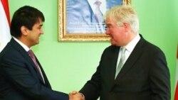 Beýik Britaniýa Türkmenistana täze ilçi belledi, ol Täjigistanda adam hukuklarynyň meselelerini gozgamakda tanalýar