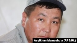Кайсар Аккулов, брат одного из подсудимых, Шетпе, Мангистауская область, 22 апреля 2012 года.