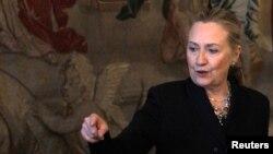 Ҳилларӣ Клинтон дар Прага