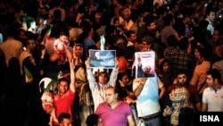 Իրանցիները տոնում են միջուկային համաձայնագրի կնքումը, Թեհրան, 14-ը հուլիսի, 2015թ․