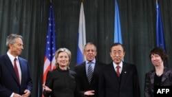 Sa današnjeg sastanka Međunarodnog kvarteta za Bliski istok u Moskvi - Toni Bler, Hilari Klinton, Sergej Lavrov, Ban Ki Mun i Ketrin Ešton
