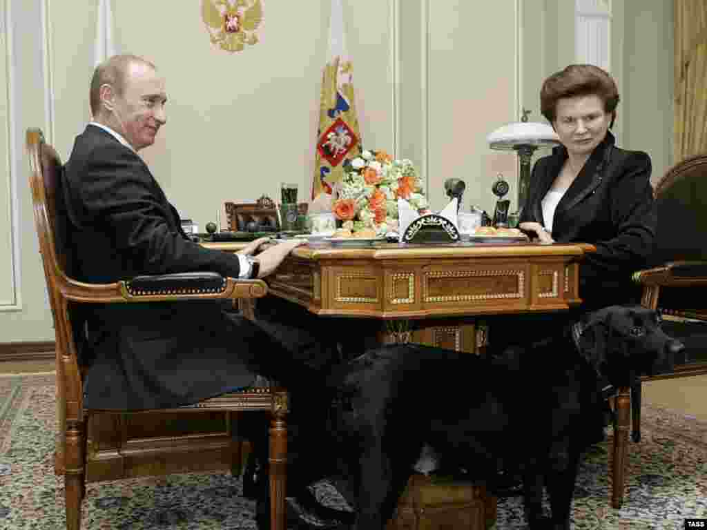Then-President Vladimir Putin meets with Tereshkova in March 2007.