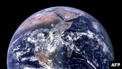 Pogled na Zemlju