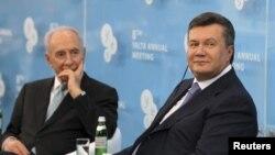 Шимон Перес і Віктор Янукович раніше зустрічалися і в Ялті. 16 вересня 2011 року