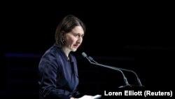 Gladys Berejiklian, az ausztráliai Új-Dél-Wales állam miniszterelnöke beszédet tart egy megemlékezésen Sydney-ben, 2020. február 23-án.