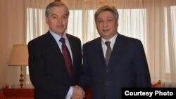 Министры иностранных дел Таджикистана и Кыргызстана.